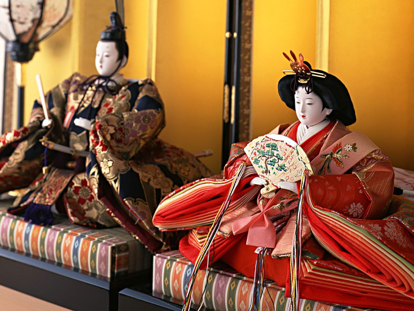 Японская кукла хина